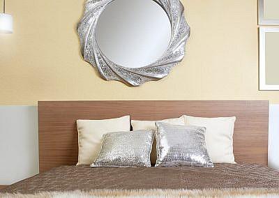 bedroom modern silver mirror fake fur blanket